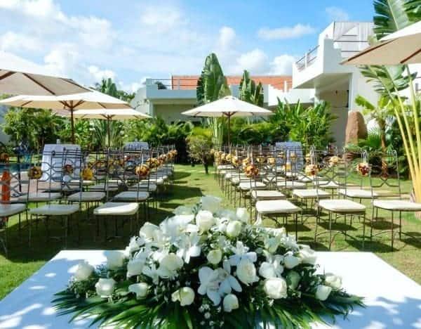 Love in the Air: A Navutu Dreams Wedding