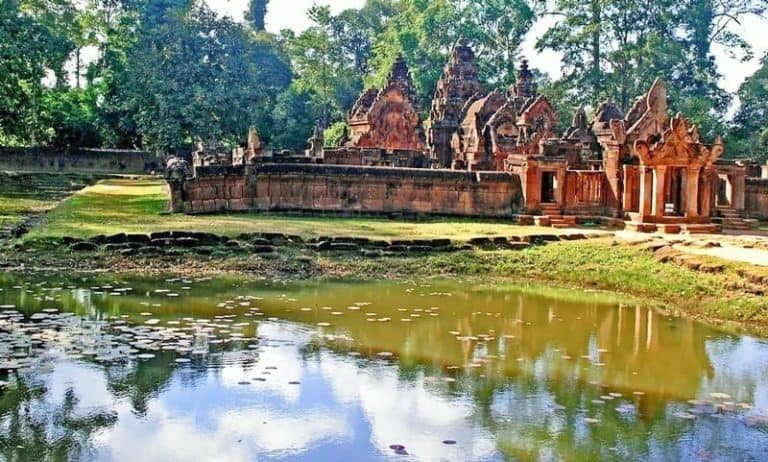 Banteay Srey - Art Theft and a Woman's Touch