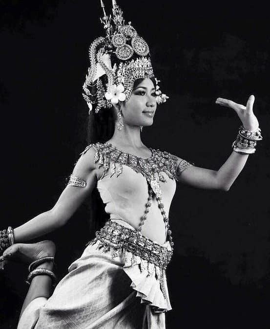 Apsara Dance Class Siem Reap | Navutu Dreams