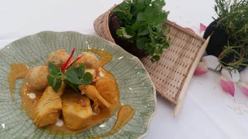 Grilled Chicken Breast with Sweet Curry Sauce