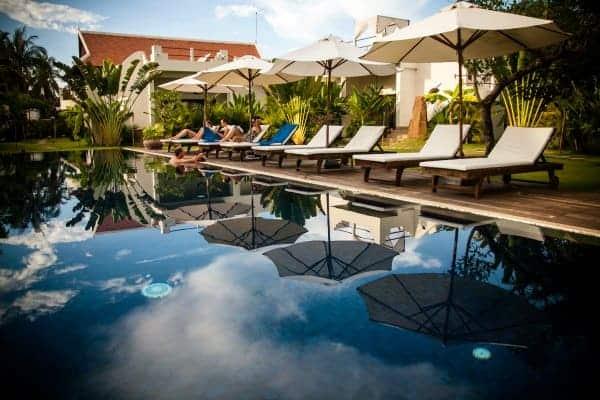 Navutu-Dreams-pool