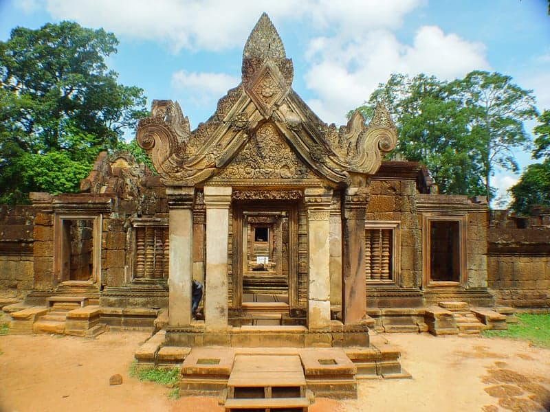 Banteay Srey Temple Front